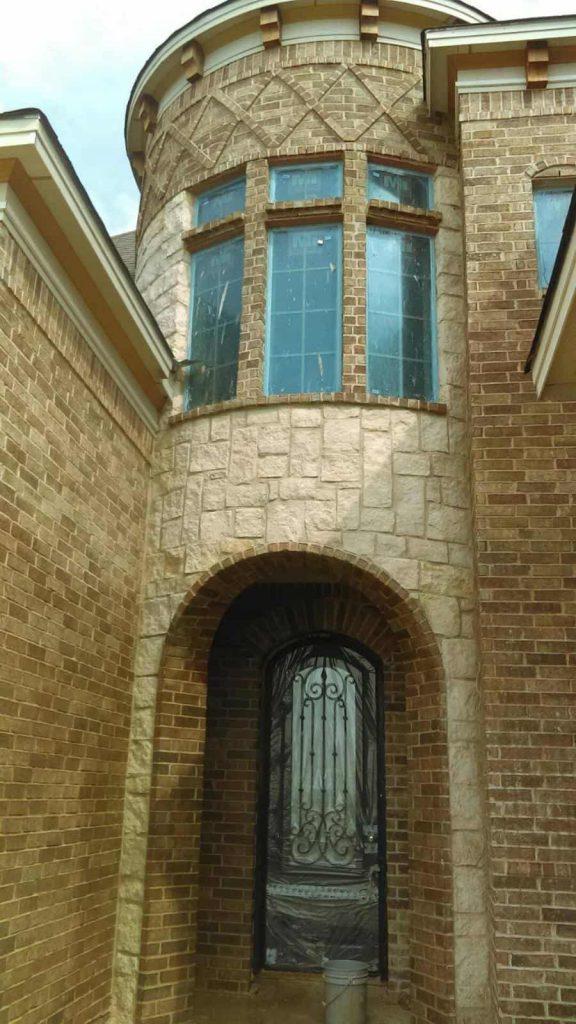 Custom stone entrance way in Galveston, TX